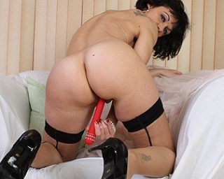 Kinky British housewife working her pussy