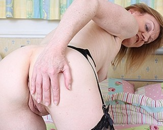 Horny British housewife gets naughty