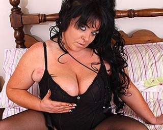 Big breasted UK housewife fooling around