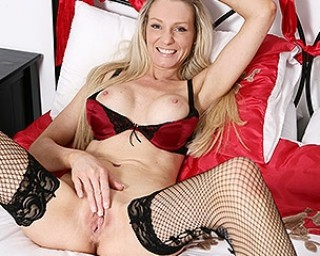 British milf naked