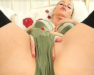 Hot British big breasted housewife playing with her wet pussy