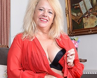 Naughty mature Ann is ready for her toy