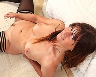Steamy hot cougar playing with herself