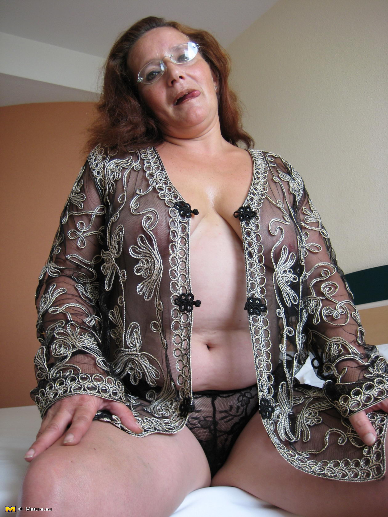 mature grannie playing with herself winking her the