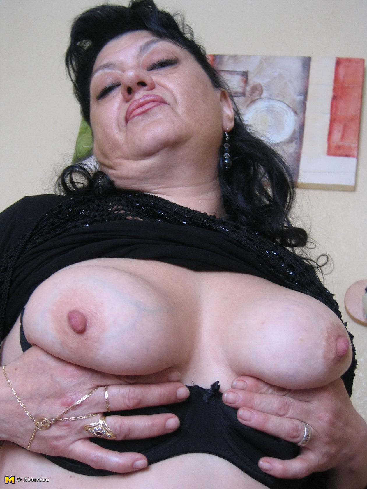 ugly-and-horny-pussy-lesbian-sex
