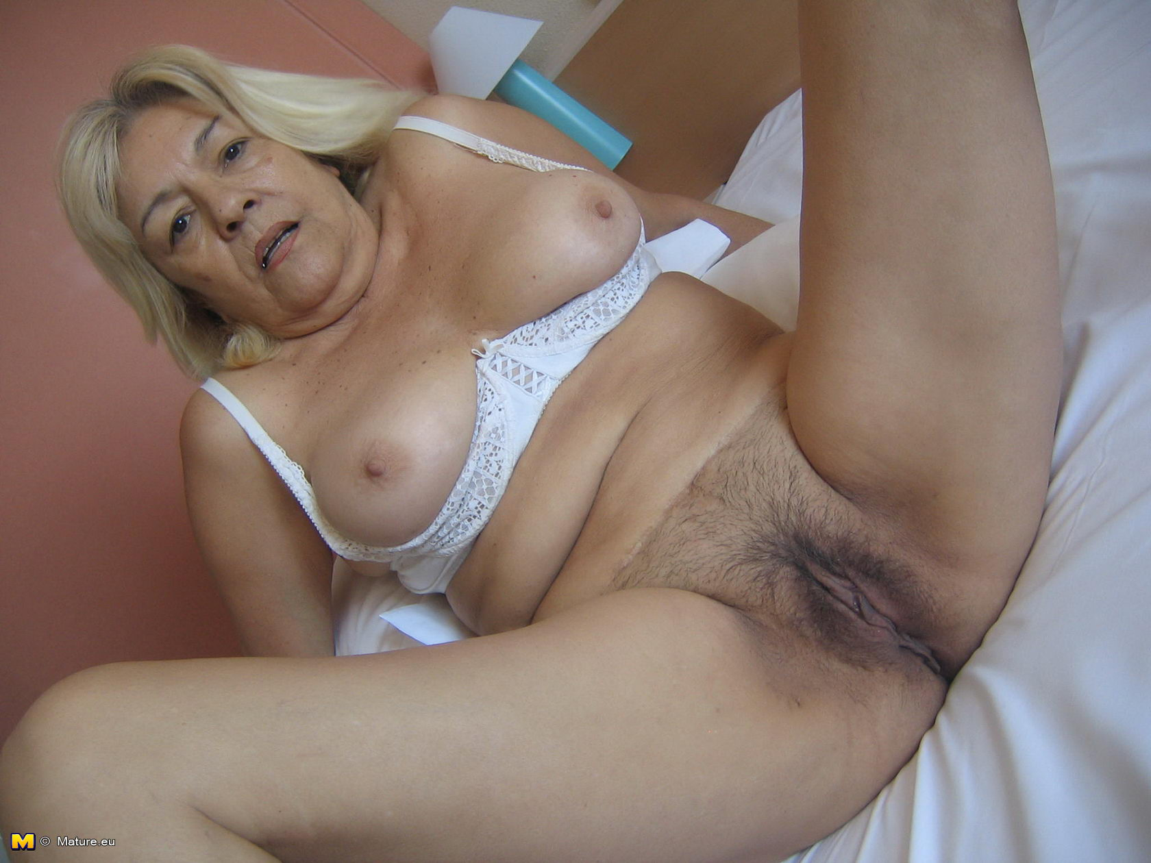 50 plus mature needs deep dicking 5
