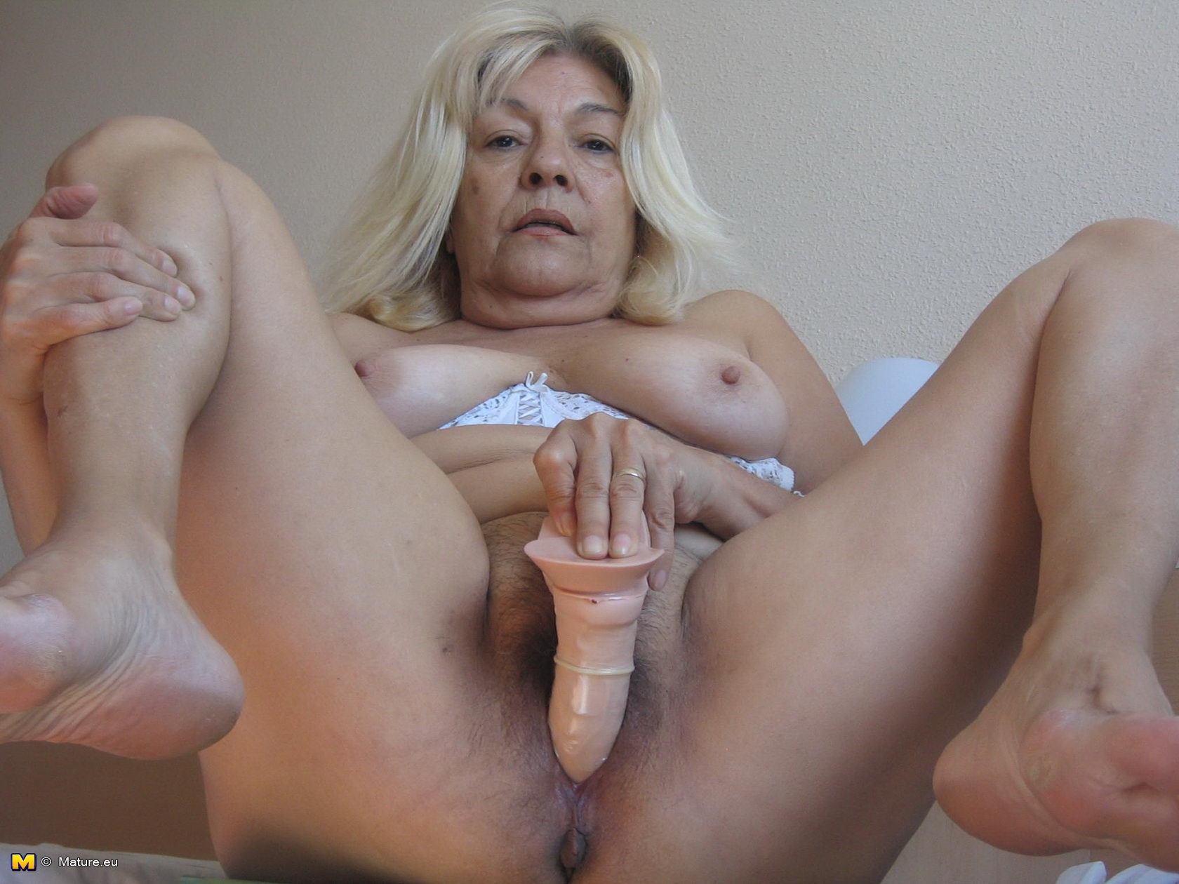 nude mature eu pics free