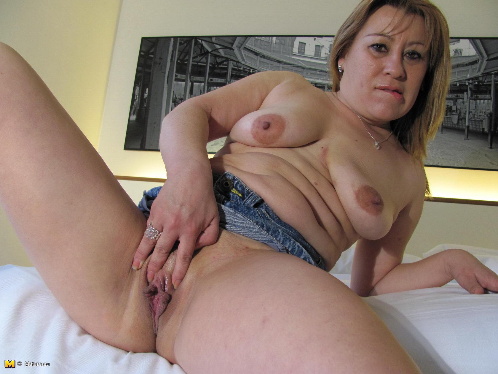 Mature women sex acts