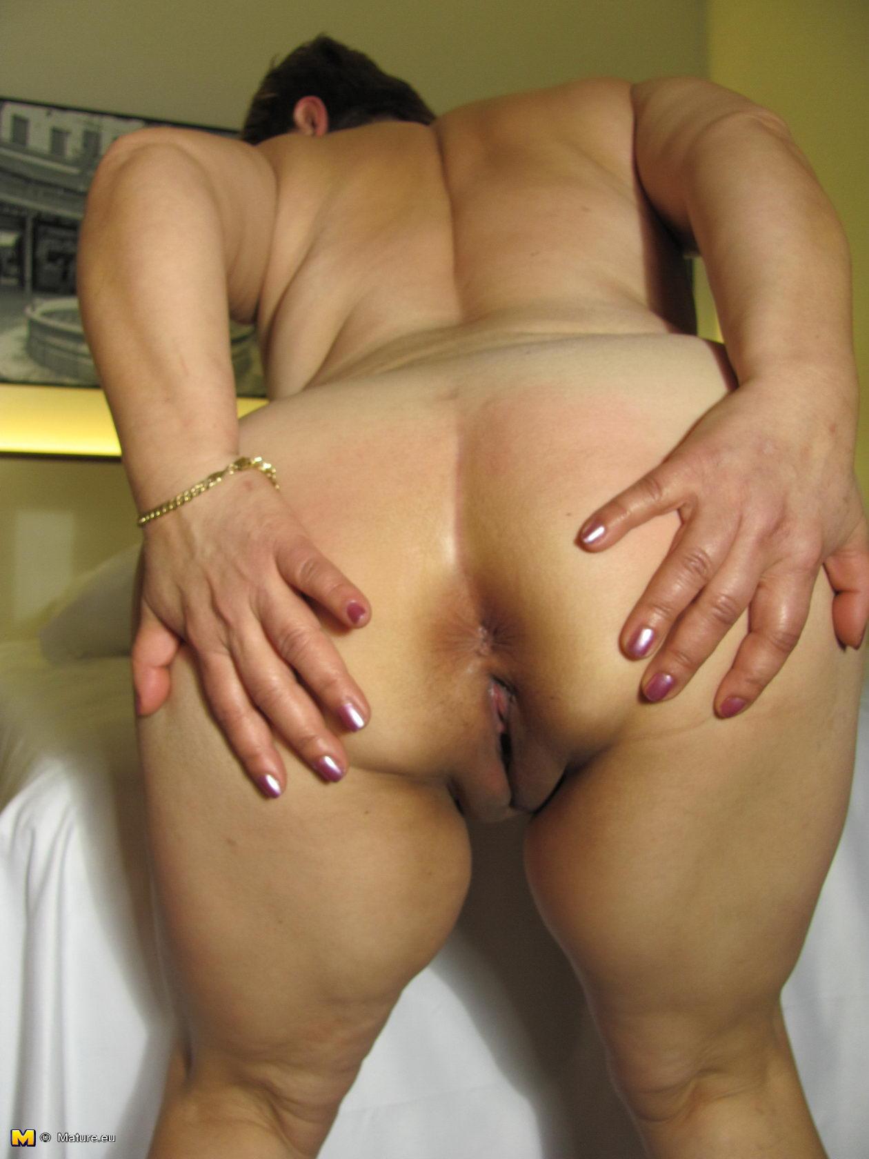 Big butt women nude