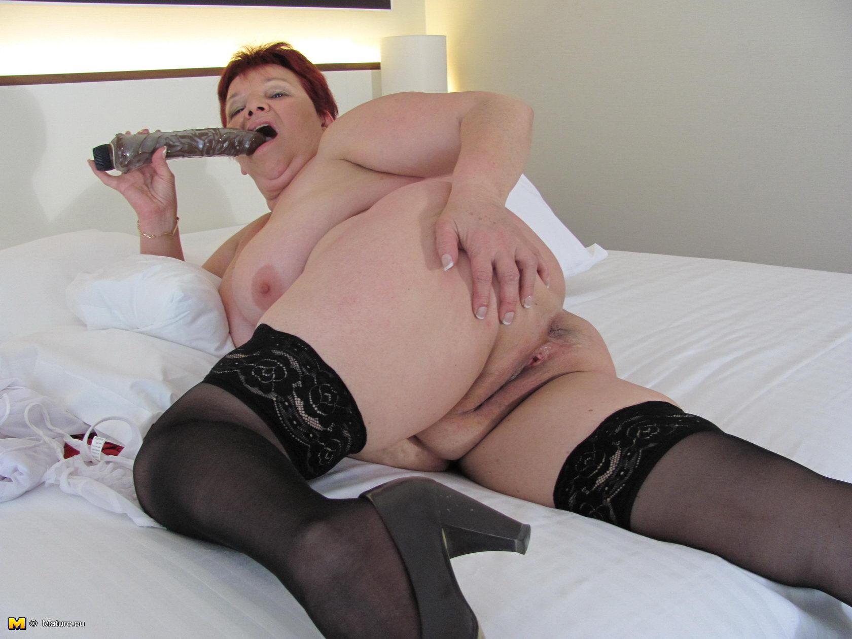 Big booty dildo free video