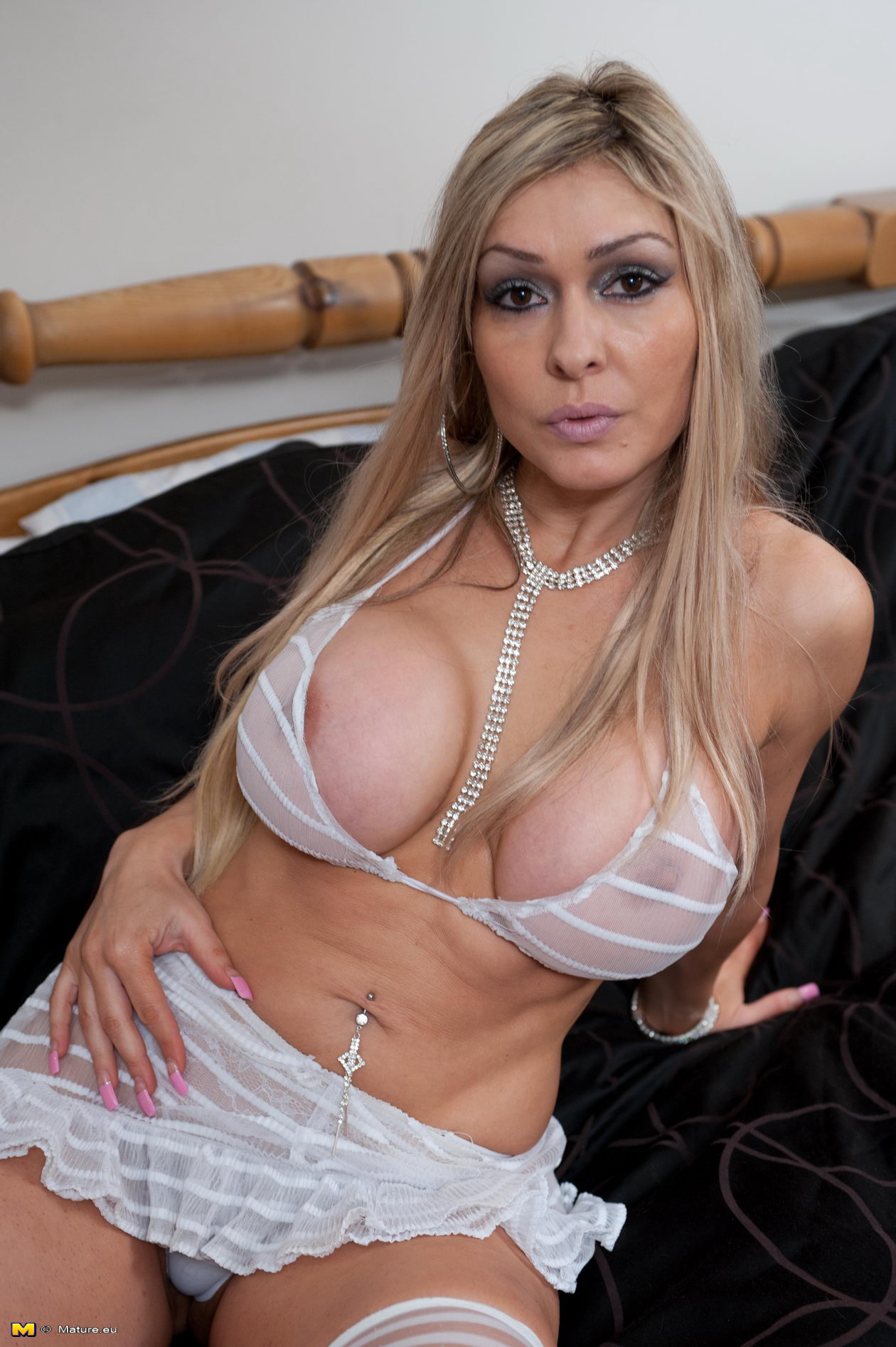Milf With Hot Body
