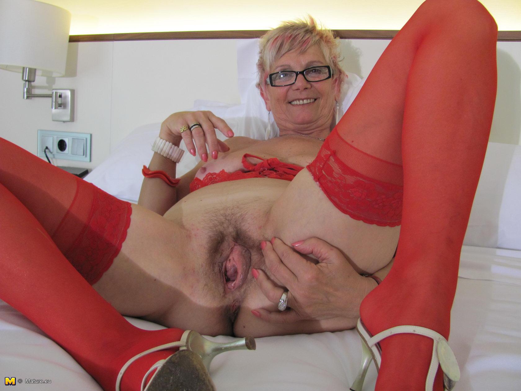 image Mom lovely legs blonde milf licks and sucks balls before rom