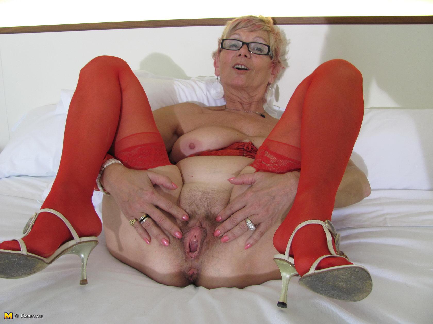 Stupid granny gapping vagina angel feel