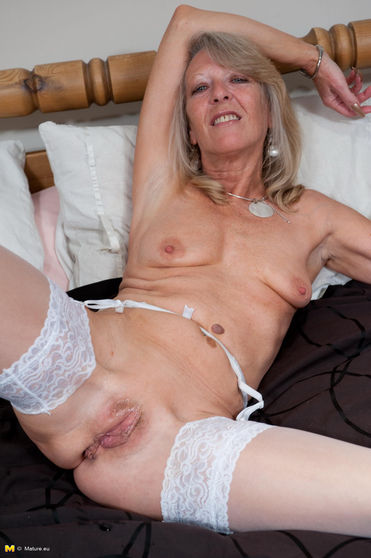 Mature naughty women