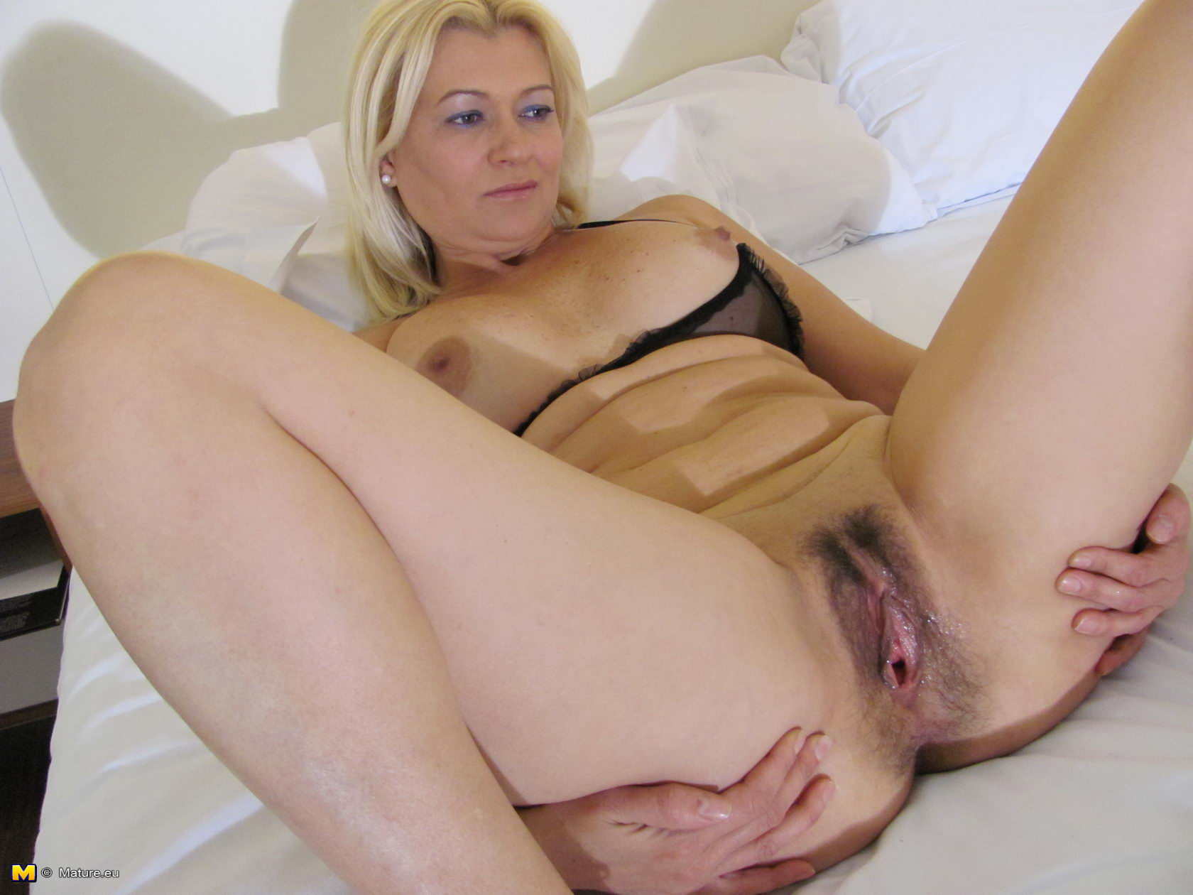 Woman multiple men sex free videos