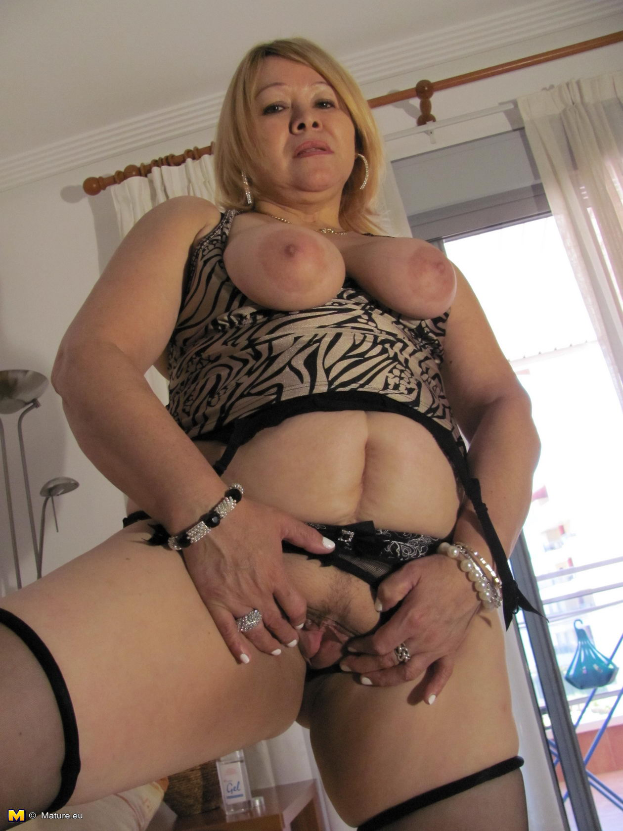 Tranny Blonde Hardcore Riding Bareback