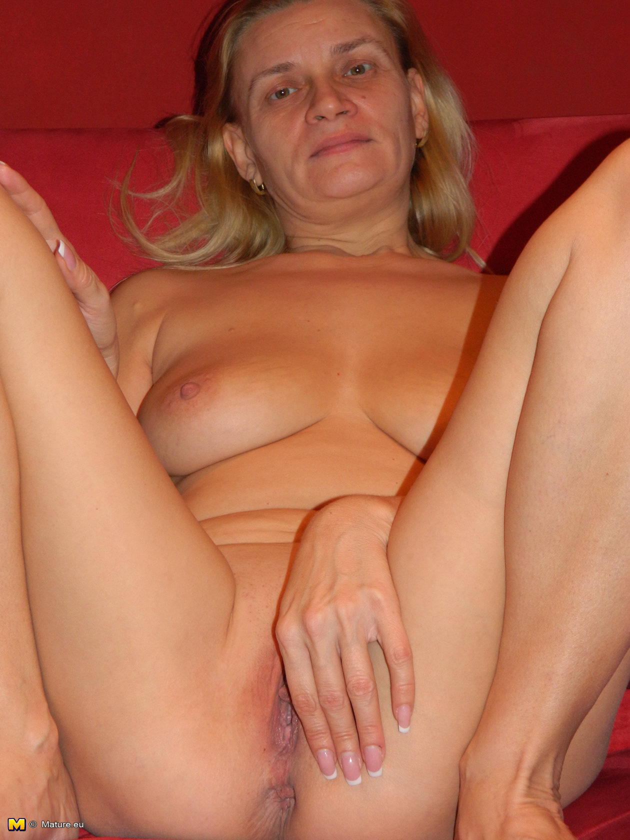 wet mature pussy Horny