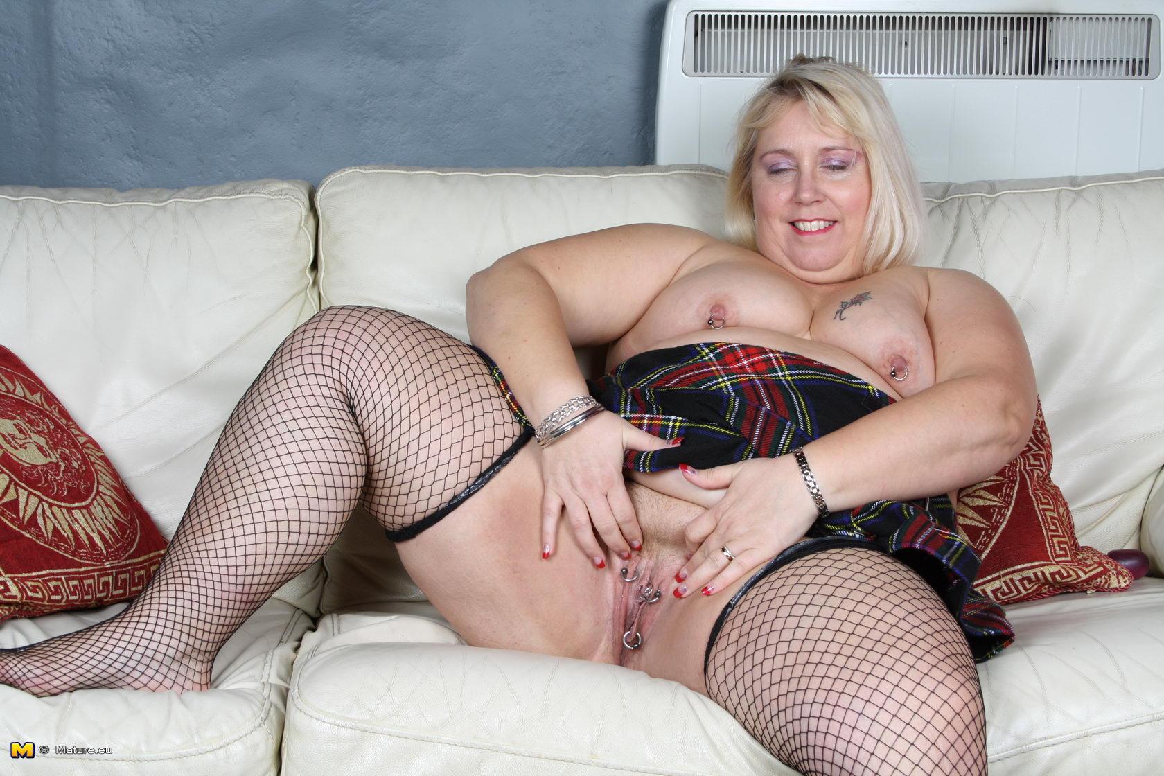 Soft porn mature women long legs