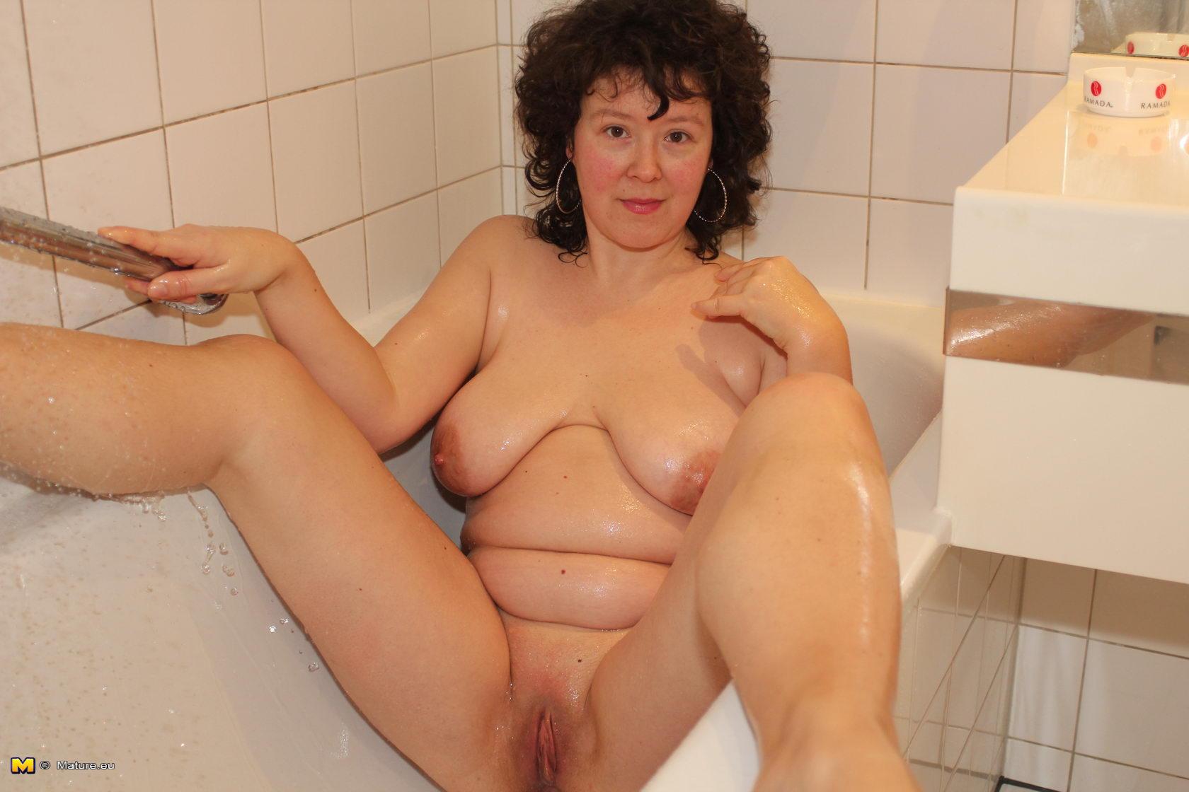 Cum filled midget pussy