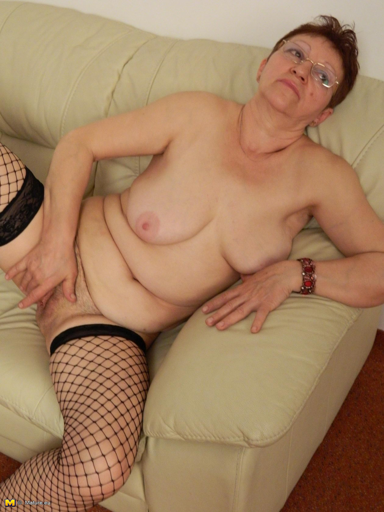 [censored] leg old slut