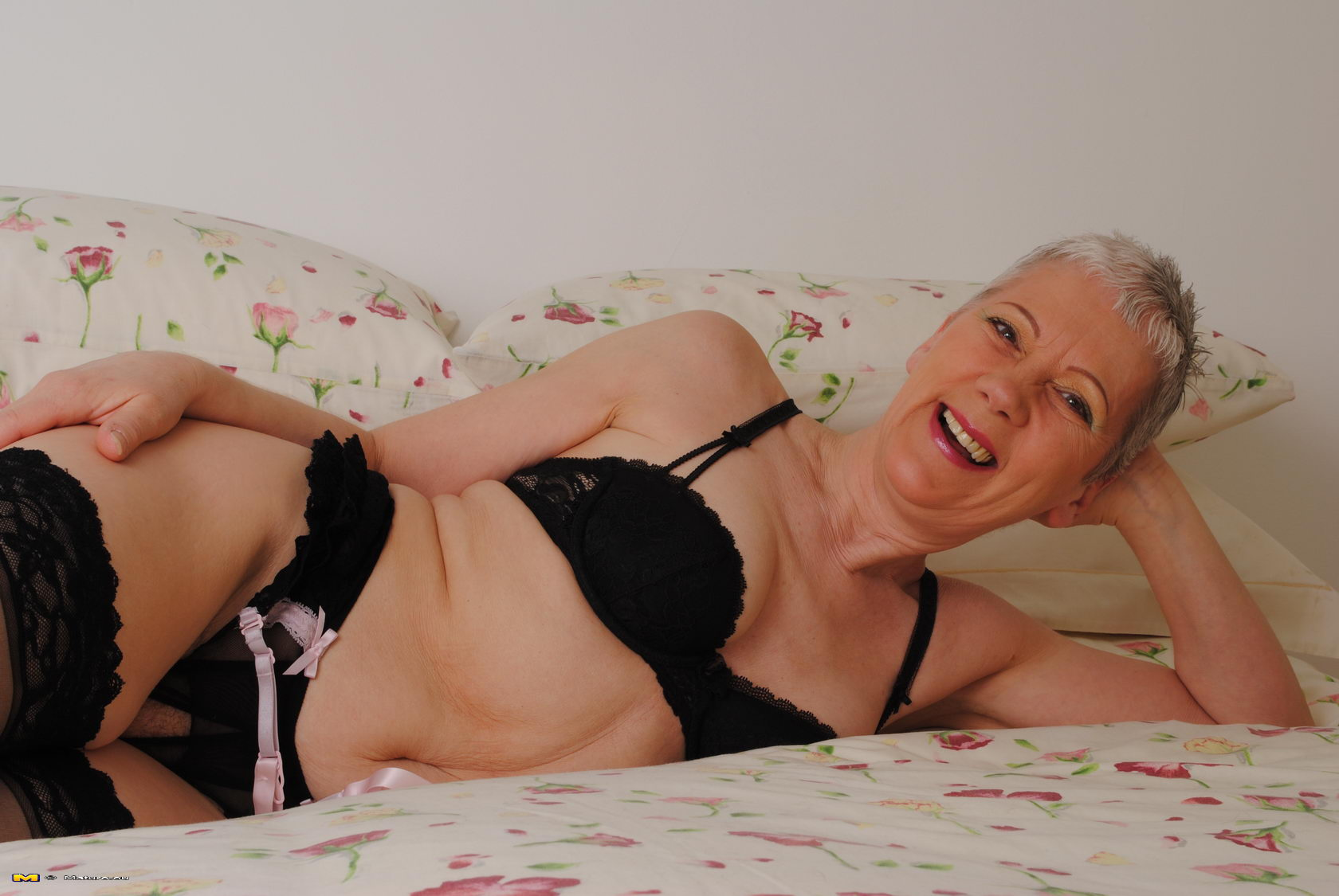 Gray hair mature nude grannies have