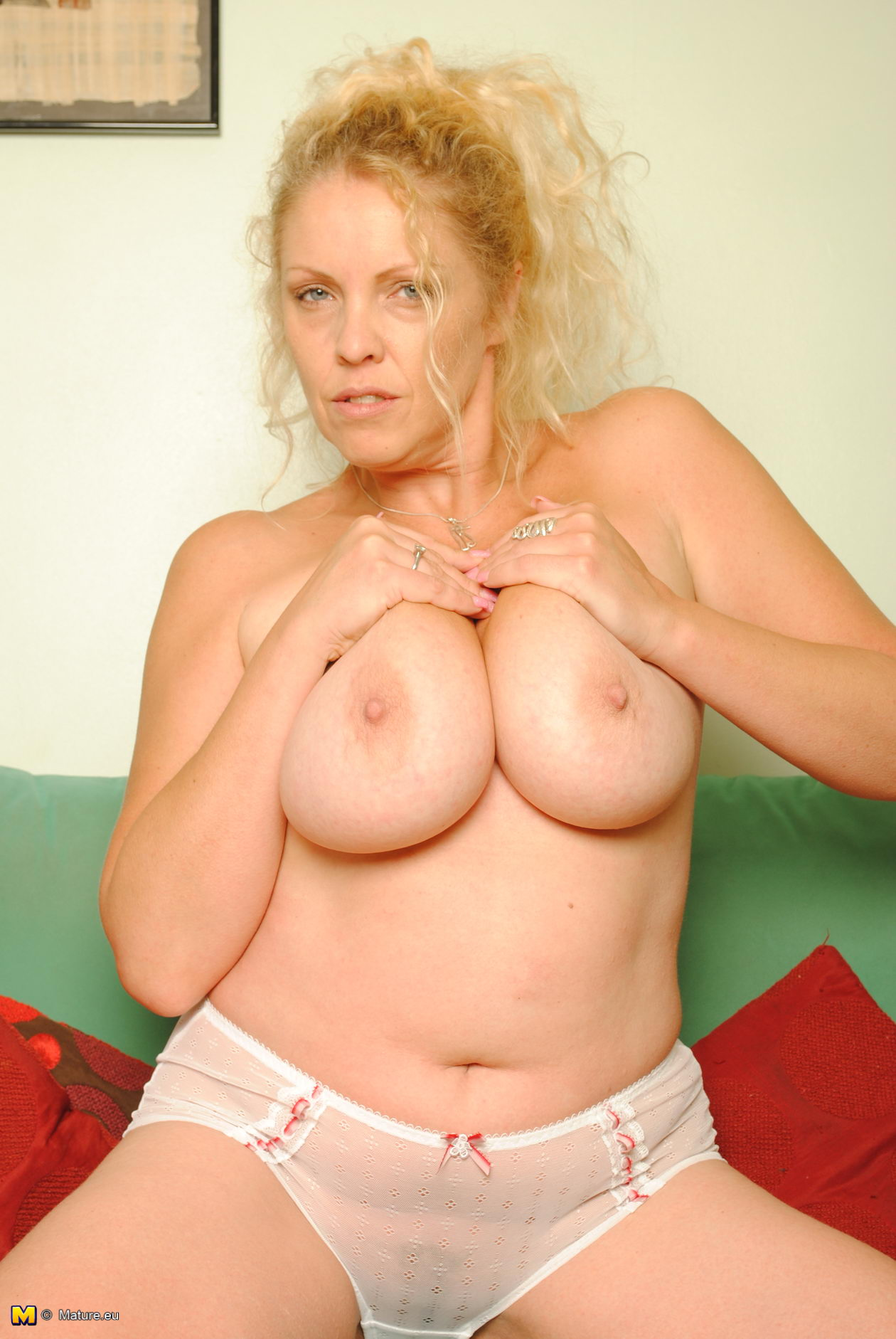 Blonde big tits mature milf in a dating service 5