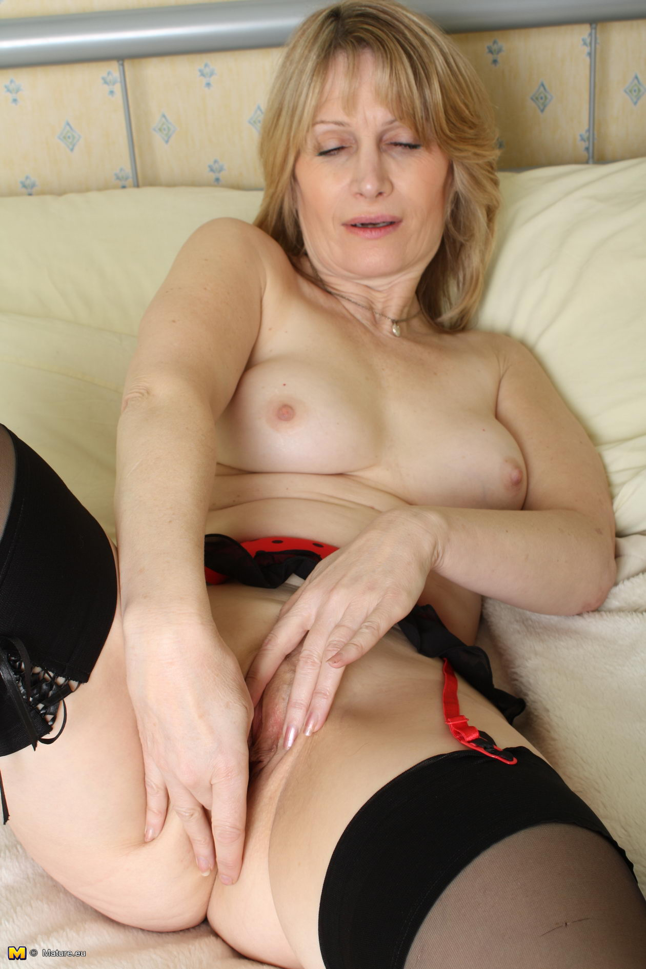MommyBB Busty Euro MILF Maid is