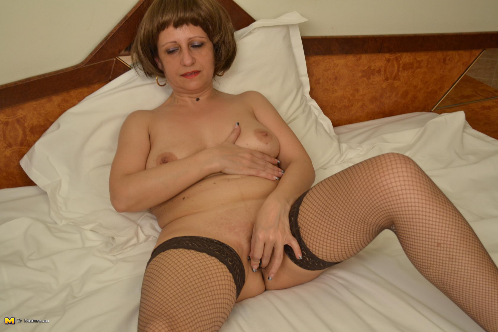 slut Horny playing mature