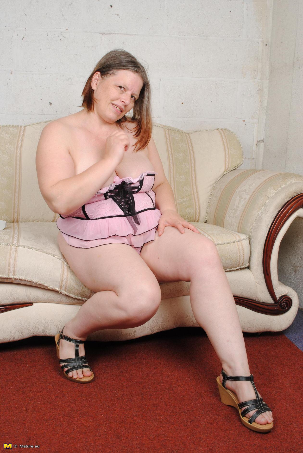 Фото зрелих голих женщин 24 фотография