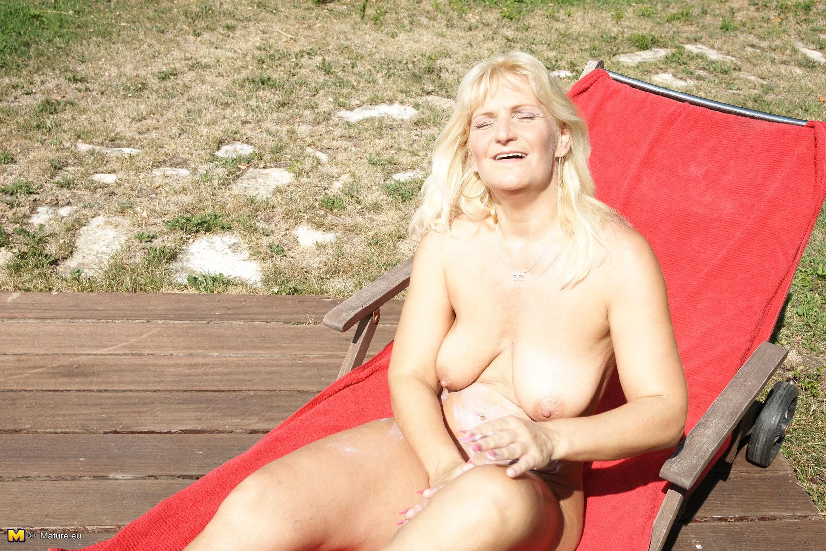 hot naked halloween sluts