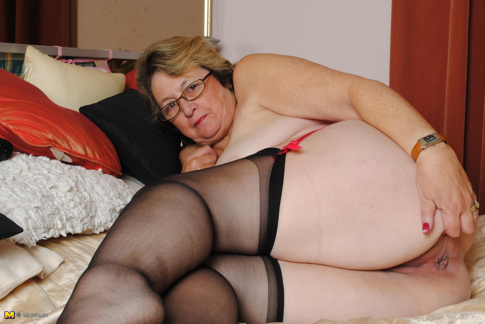 21sextreme large grandma gets ass plowed 3