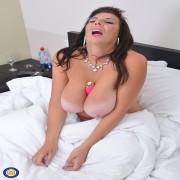 Huge Breasted housewife Lulu loves getting naughty