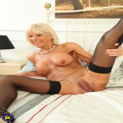 Horny British housewife playing with her anal beads