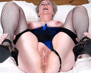 reife damen sexfilme alte weiber free