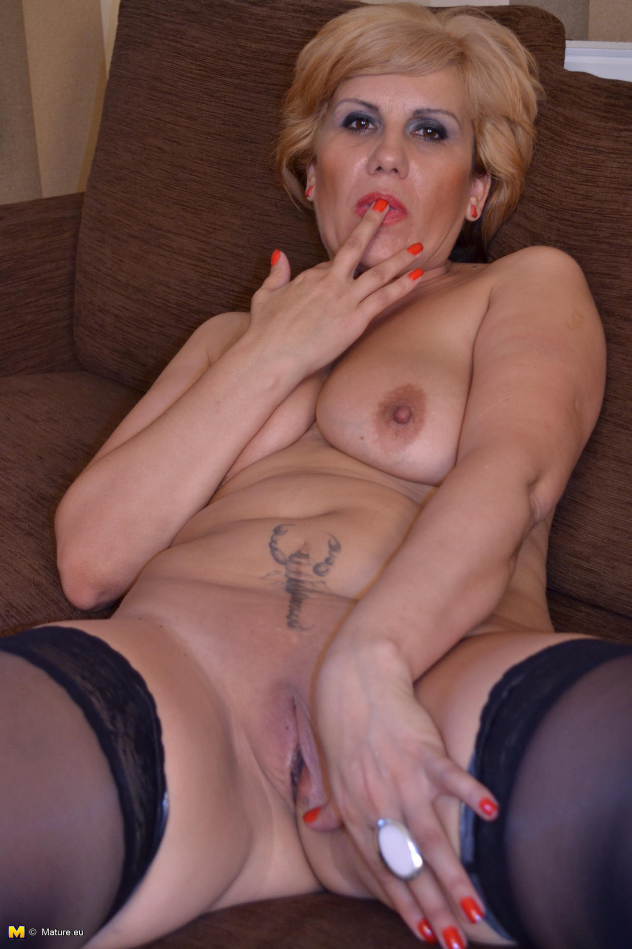 in chair Slut mom mature masturbating a