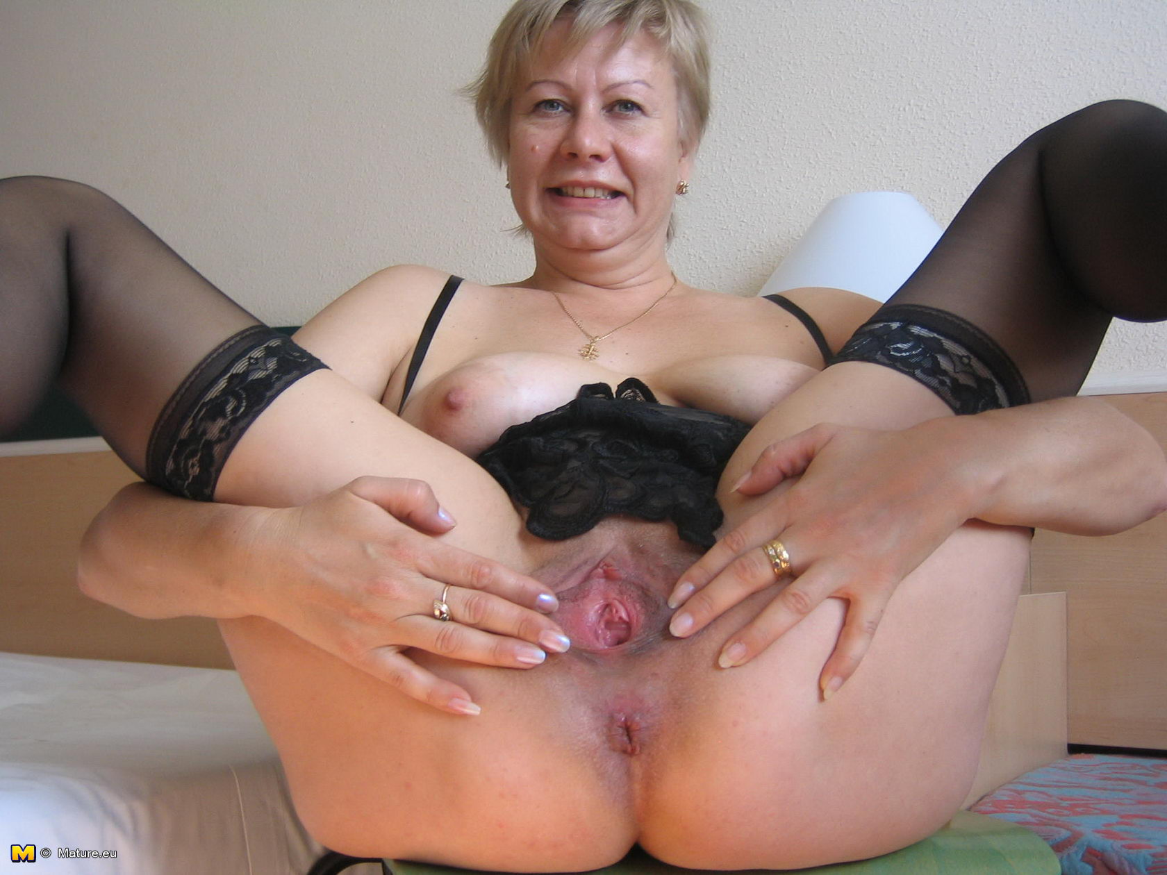 Сын довел зрелую маму до оргазиа смотреть онлайн 14 фотография