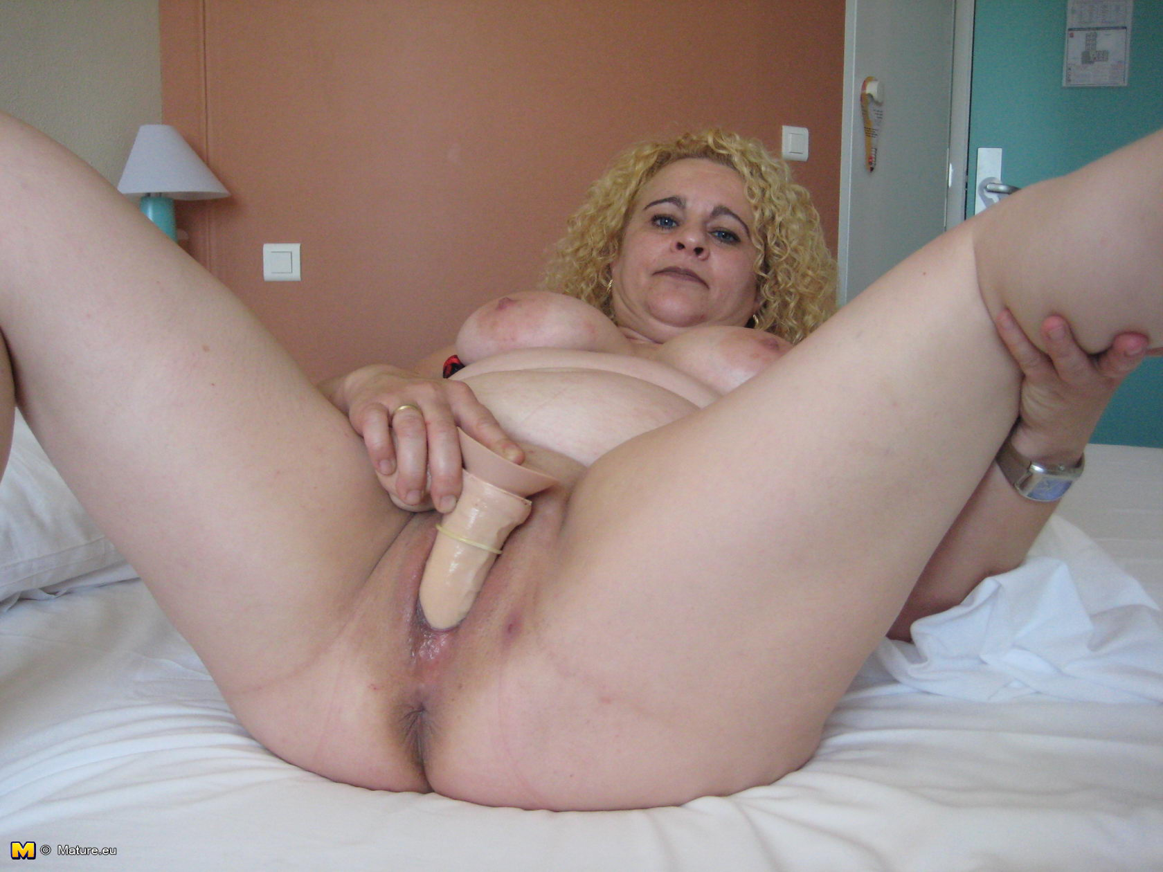 Blonde horny slut and milf with fake tits share a big dick double blowjob