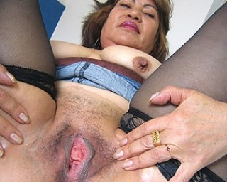 Horny mama using her vegetable for a better use