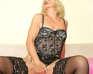 Kinky european mature slut playing with herself
