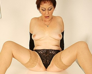 This hairy housewife loves to masturbate