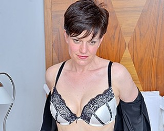 Sexy British housewife shows hot body and masturbates