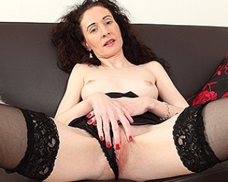 Naughty British housewife loves to play with her pussy