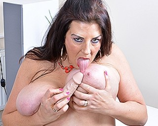 Big breasted housewife Lulu gettng very naughty