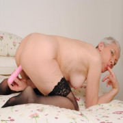 Horny mature Fleur loves to get herself wet