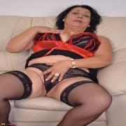 Horny mature slut playing alone