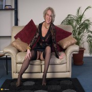 This mature lady loves to get naked and show off
