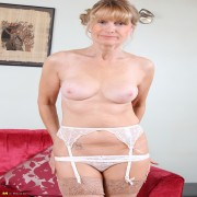 British housewife playing with herself