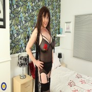 British hairy housewife Janey gets wet and wild